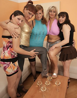 MILF Party Porn Pictures