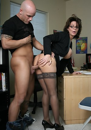MILF Standing Porn Pictures