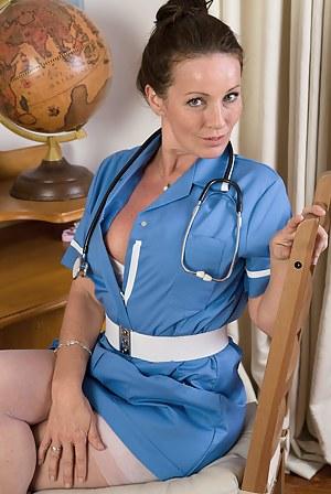 MILF Nurse Porn Pictures